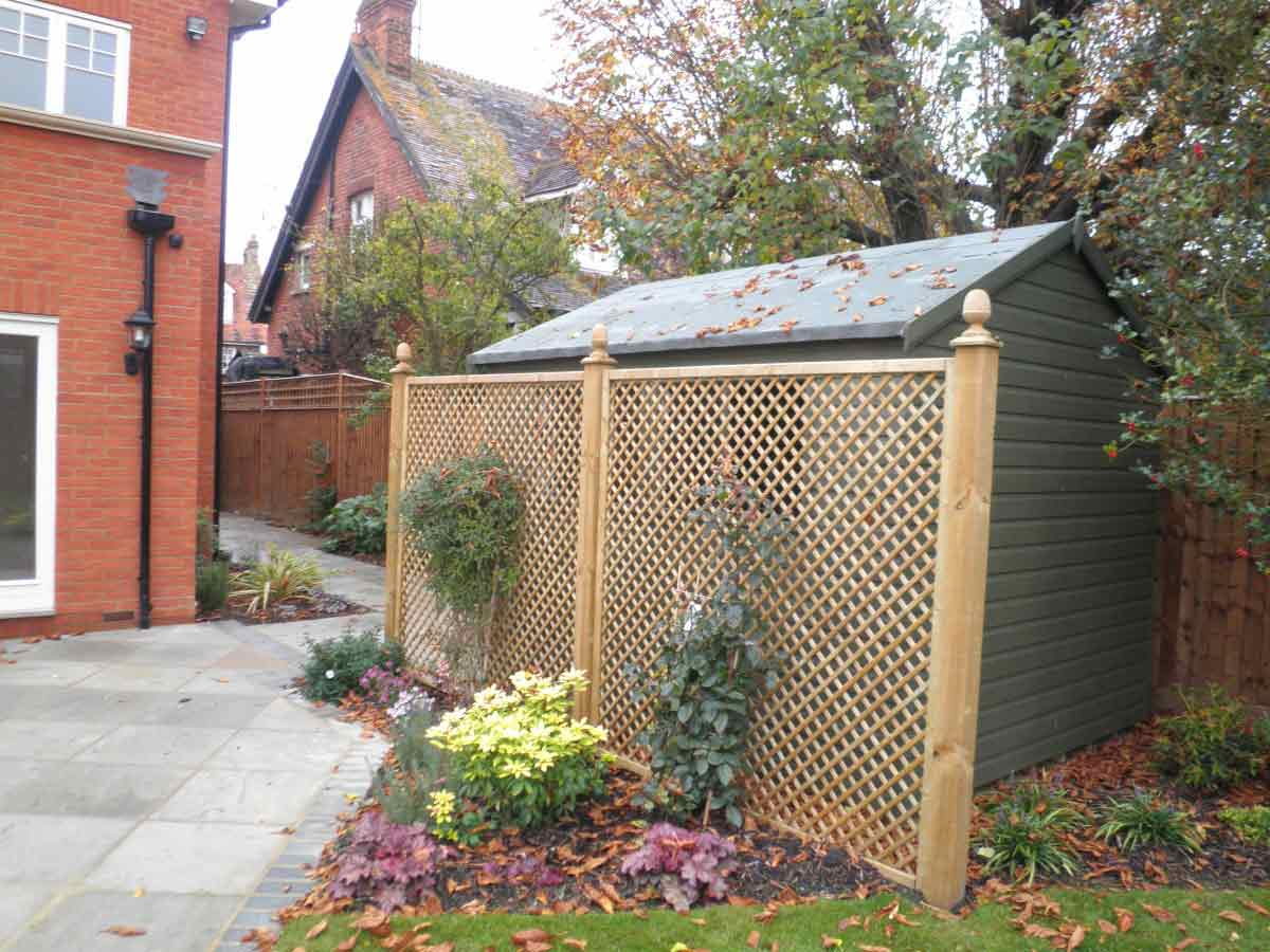 Timber Decking Sheds Trellis Amp Gates Buckinghamshire