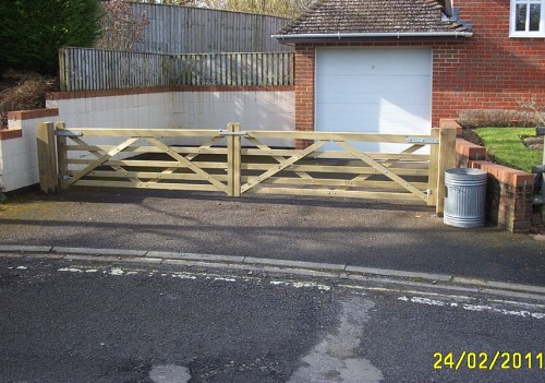 Made To Measure Gates Aylesbury
