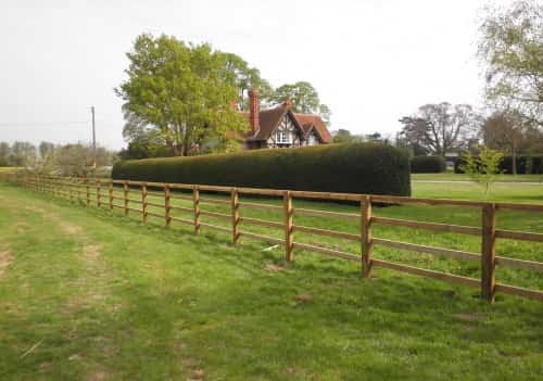 Post & Rail Fencing Buckinghamshire