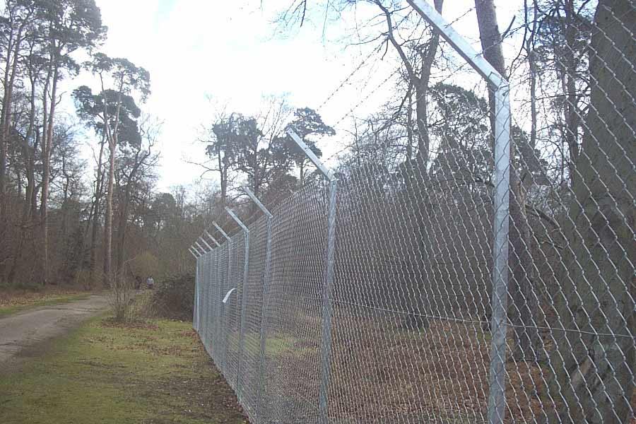 Security Fencing (Palisade & Metal Fences) - Clayton\'s Fencing