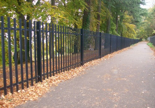 Security Fencing - ROUND TOP PALISADE - 5